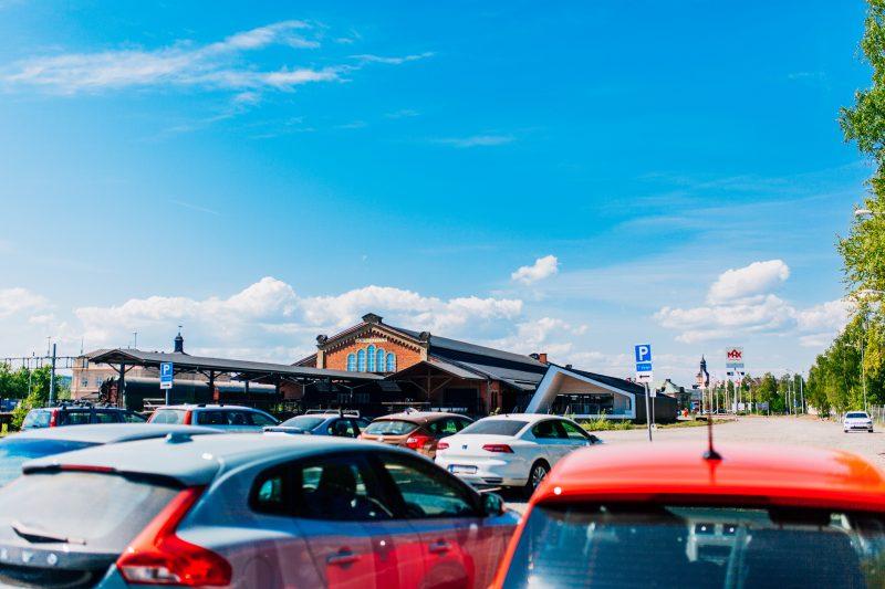 Vy över pakeringen Bangården i Falun